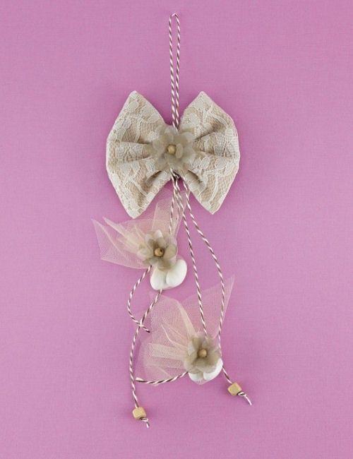 www.mpomponieres.gr Μπομπονιέρα Γάμου Φιογκάκι με Κρεμαστά Κουφέτα