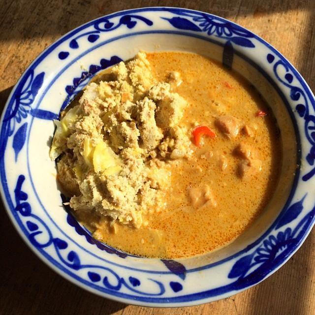 オカラのサラダにいなばのタイカレーを添えて‼︎(激ウマ) - 82件のもぐもぐ - 糖質制限ダイエットな昼ごはん‼︎ 10 February by Yoshinobu Nakagawa