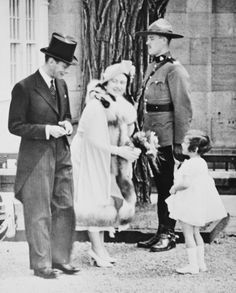 King George VI and Queen Elizabeth at the Citdel, Quebec