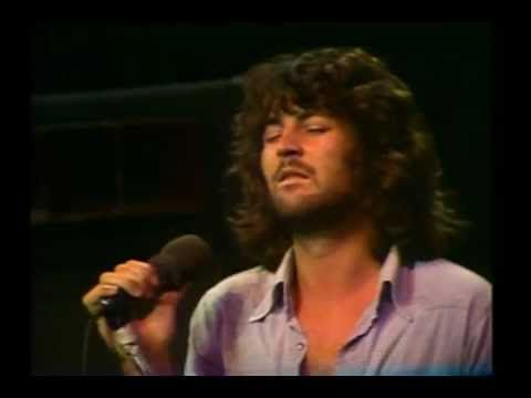 Smoke on The Water - Deep Purple,  Ian Gillan on vocal and Ritchie Blackmore on guitar