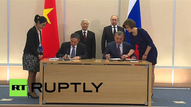 Russia: Vietnamese and Russian officials sign oil and gas deals in Sochi