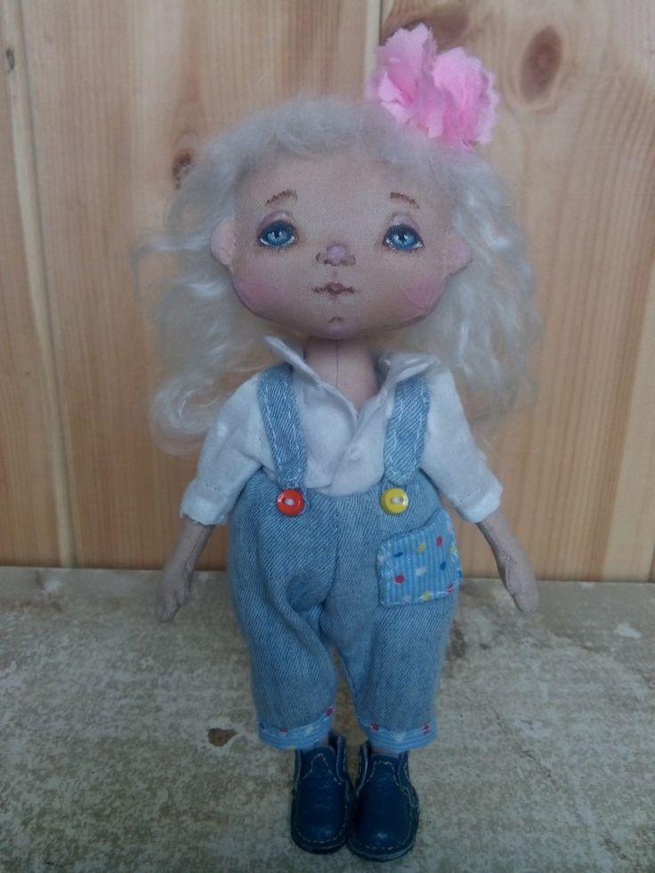 Маленькая нежная куколка 15 см  (Куклы Елены Сусловой)