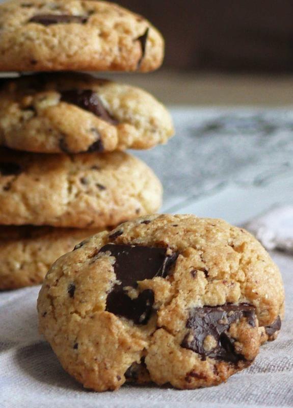 Receta de cookies de chocolate con thermomix, una receta facil y rápida para cocinar cookies caseras en muy poco tiempo, listas para el recreo y desayunar