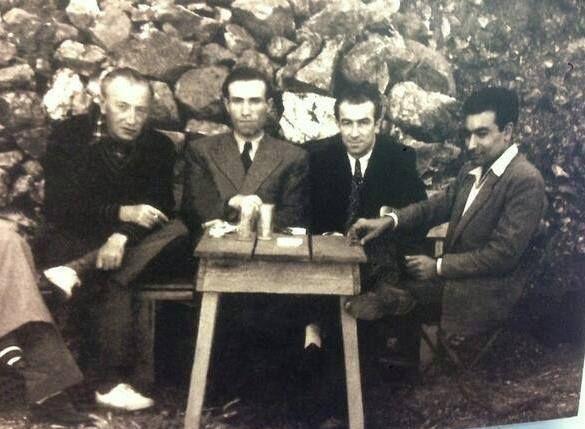Sait Faik Abasıyanık, Mahmut Makal, Orhan Kemal, Yaşar Kemal (Burgazada,1952).