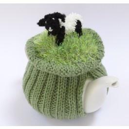 ❄Knit Tea Cosies, Mug Hug Snugs and Cuppa Cosies. Munching Sheep Tea Cosy