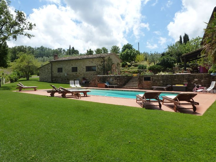 Enjoy with us this small slice of heaven in Chianti! We will be very happy to welcome you!