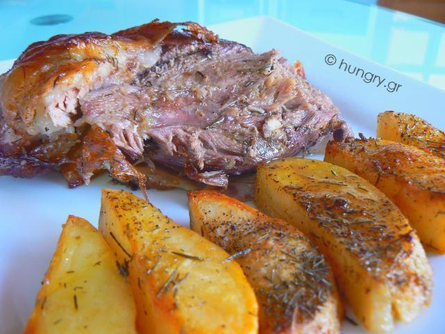 Kitchen Stori.es: Αρνίσιο Μπουτάκι στο Φούρνο