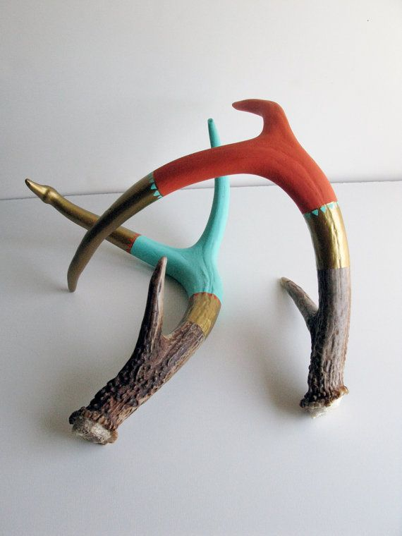 neat idea.  now to find some antlers