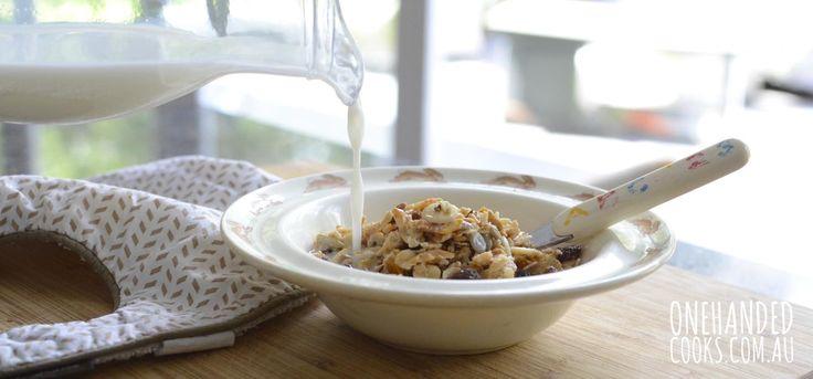 The importance of breakfast for kids - lots of great recipe ideas #onehandedcooks