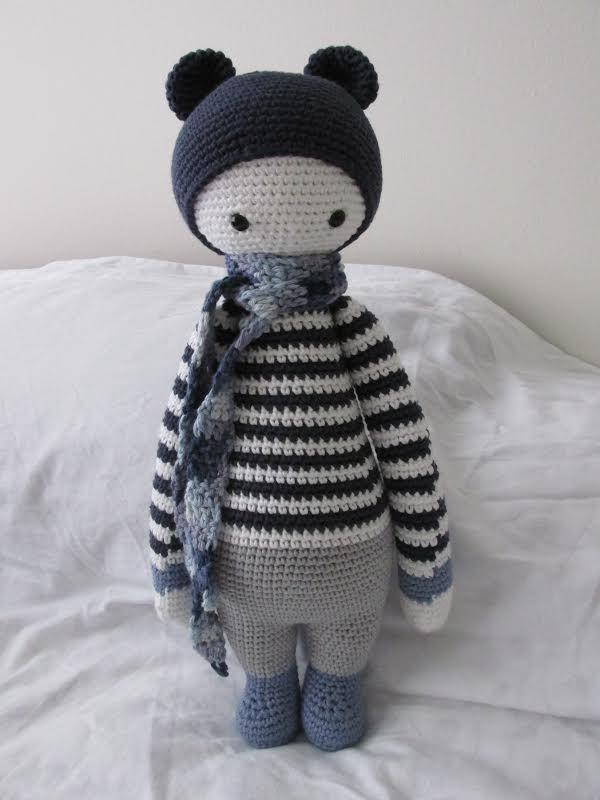 BINA the bear made by Janet V. / crochet pattern by lalylala