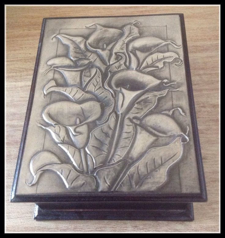 Pewter Calla Lilies on Jewelry Box.