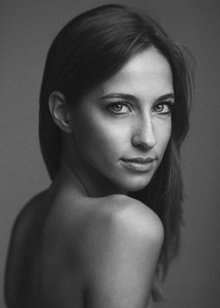 Portrait photo and lighting setup with Octobox by Andrea Basile Studio (1/160, 5.6, ISO: 50)