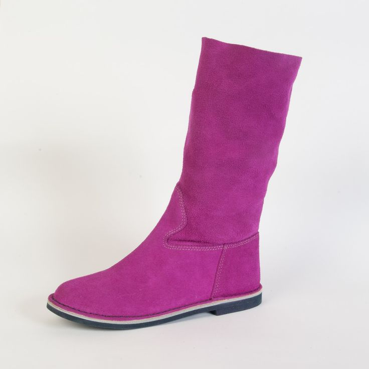 #lerews #shoes #madeinitaly #craftsmanship #boots #summerboots #violet #suede #newlook #lightness #fashion