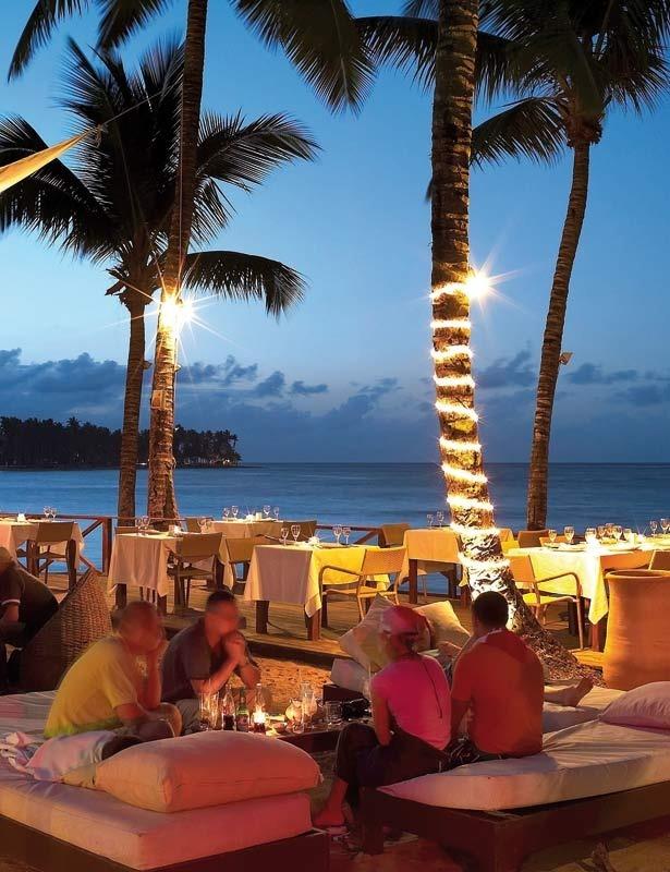 Ambiente bohemio Las Terrenas!!  Paco Cabana bar restaurant