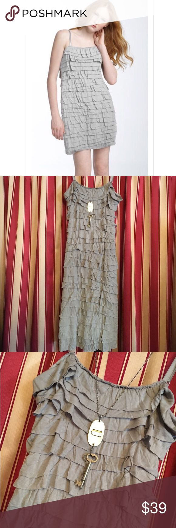 Bailey 44 gray tiered dress Bailey 44 tiered rayon gray comfy dress Bailey 44 Dresses Mini
