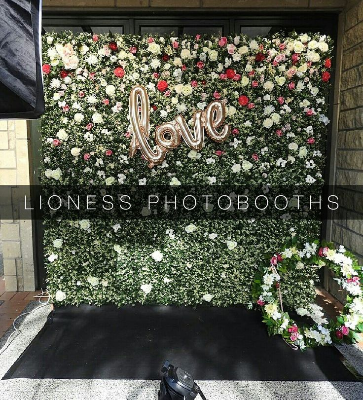 THE FULL FLOWER WALL  LIONESS PHOTOBOOTHS  www.facebook.com/lionesscreativeevents
