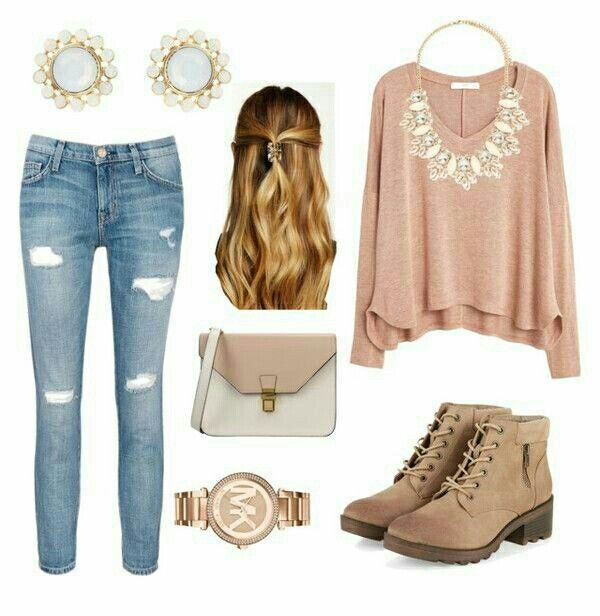 Outfit de sábado con jeans rasgados. #OutfitIdeas #Outfit #casual #rippedjeans