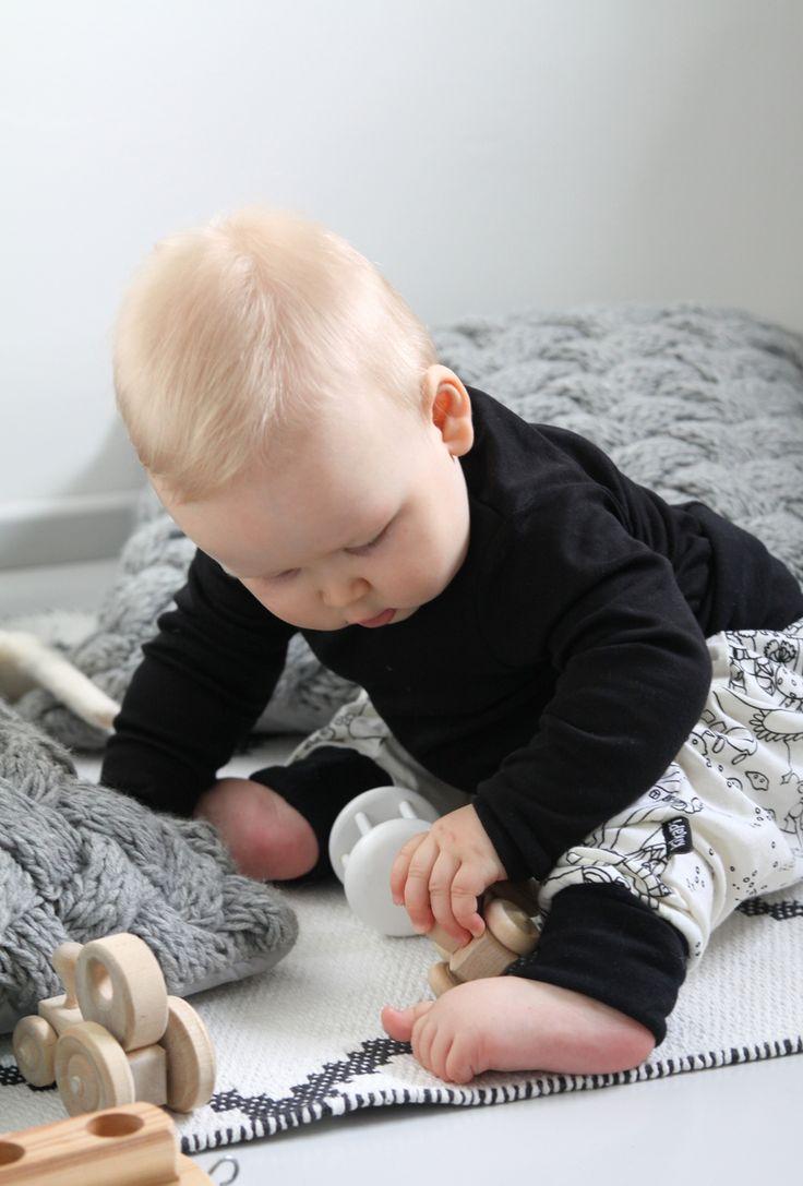 Boy, baby, clothing, Kikapi lastenvaatteet, vaatteet, vauva, poika, poikavauva - muotoseikka\