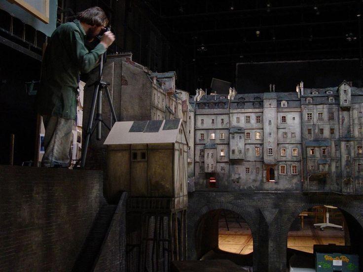 model mostu s domy do filmu Parfém - příběh vraha