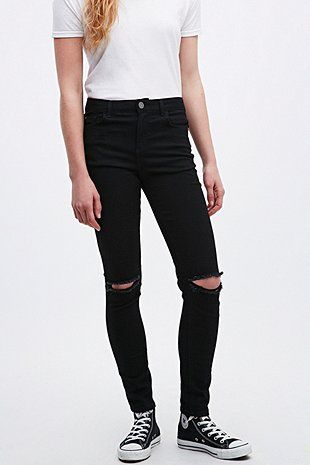 17 best ideas about ripped black skinny jeans on pinterest. Black Bedroom Furniture Sets. Home Design Ideas