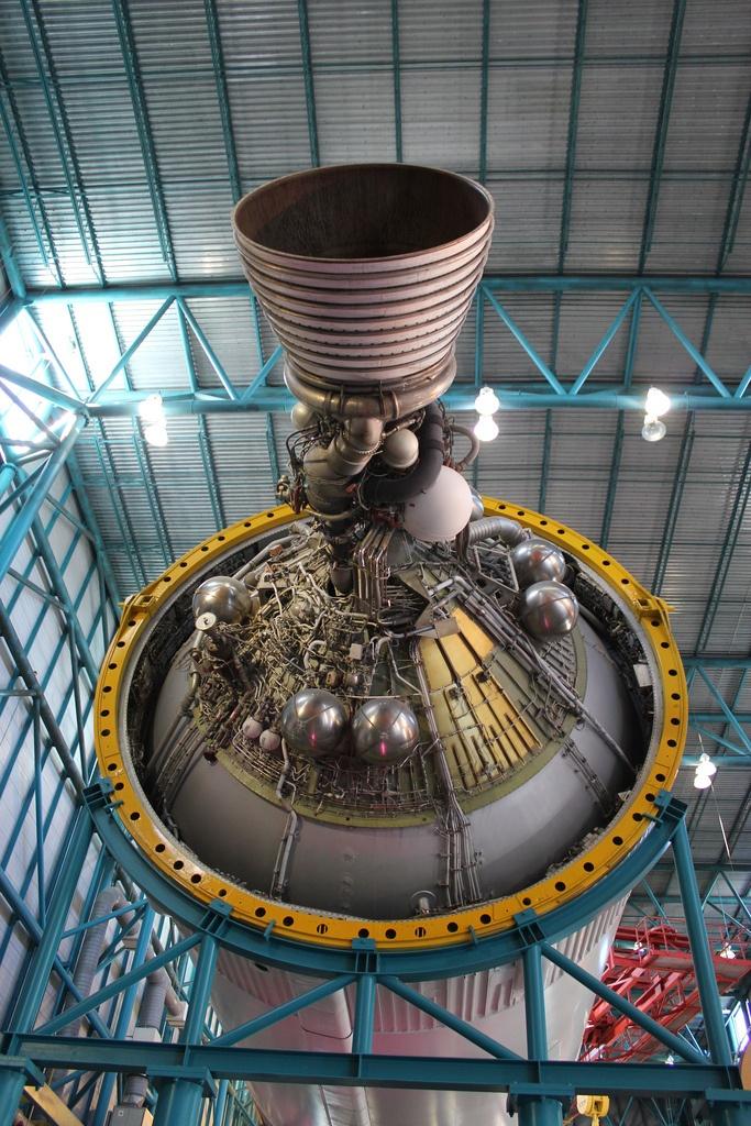 apollo spacecraft engine - photo #19