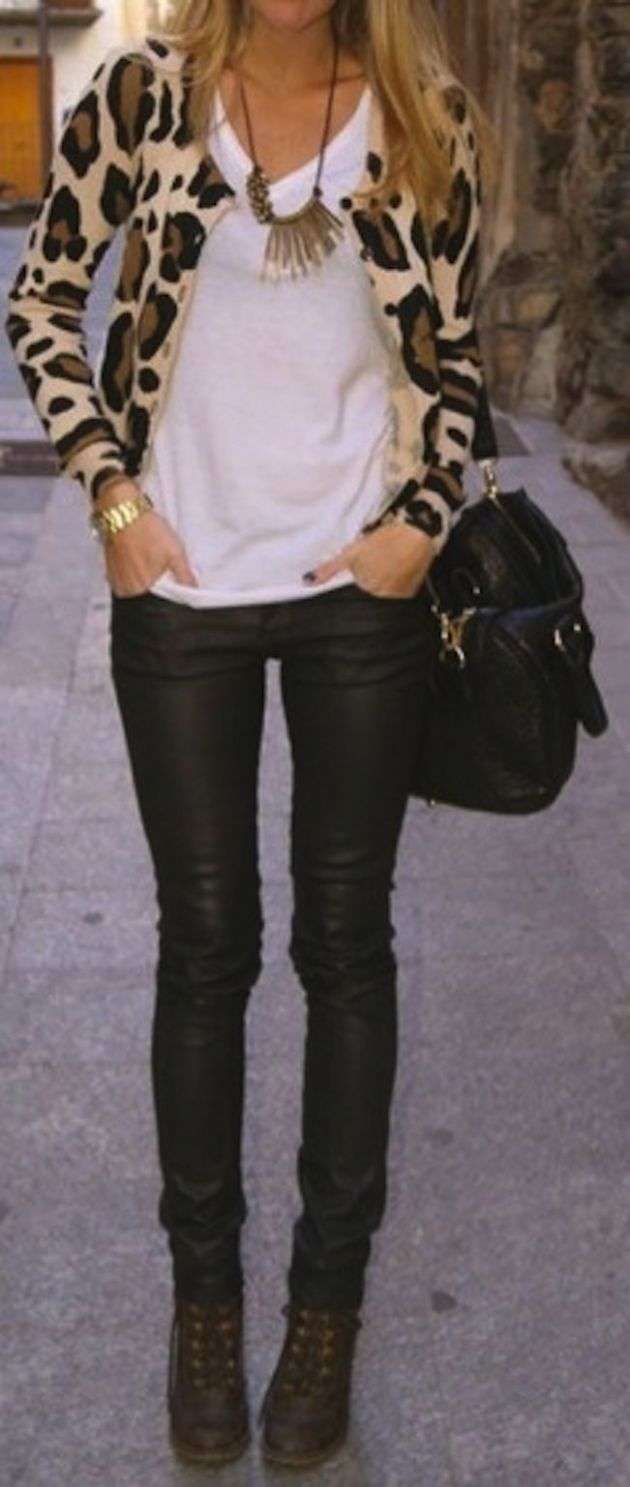 leopard sweater with skinny black jeans and white tank: