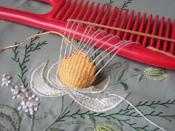 Three dimension and weaving embroidery with comb - looks like an interesting & unusual technique for 3D embroidery. I'd like to try it.