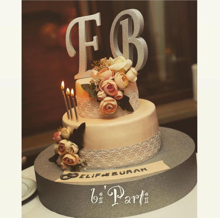 Nişan pastası. Söz pastası. Düğün pastası. Çiçekli pasta. Engagement cake. Wedding cake. Flower cake.