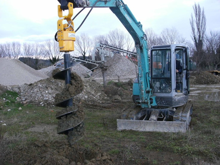 Augers for midi excavators. Different diameters and lengths available. Suitable for every type of soil VIDEO http://www.youtube.com/watch?v=JVcb7YZcpA8