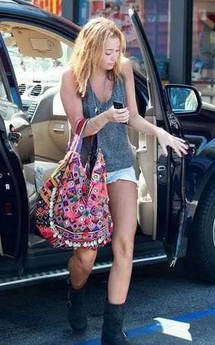 Miley Cyrus, Michael Kors Tote, Michael Kors Outlet, Casual Outfit, Style, Handbags Michael Kors, Michael Kors Bag, Michael Kors Purses, Michael Kors Wallet