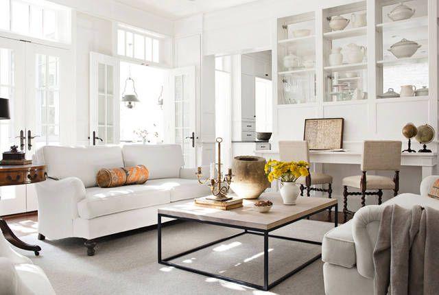 Salotto moderno in bianco