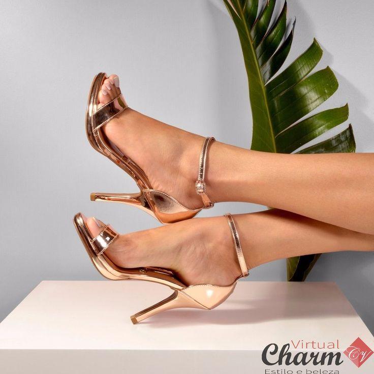 Tá em alta: brilho nunca é demais! (Ref: 6210-414) #moda #look #tendência #charmvirtual #calçados #fashion #style #vizzano @vizzano