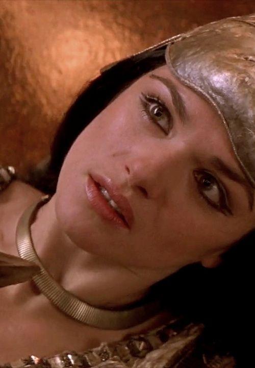 Eyes The Mummy Returns (2001)