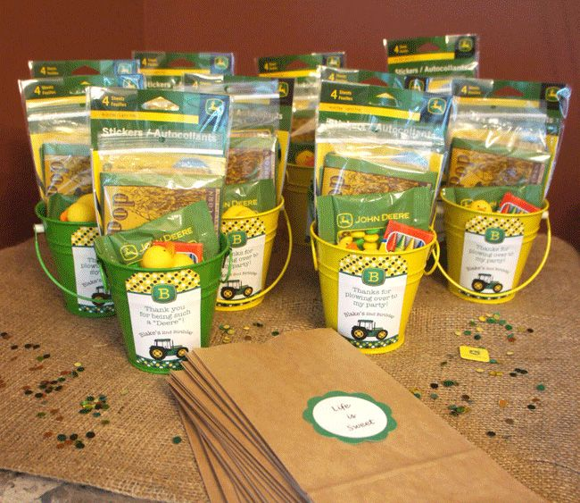 john deere party ideas for boys | John Deere party favor buckets