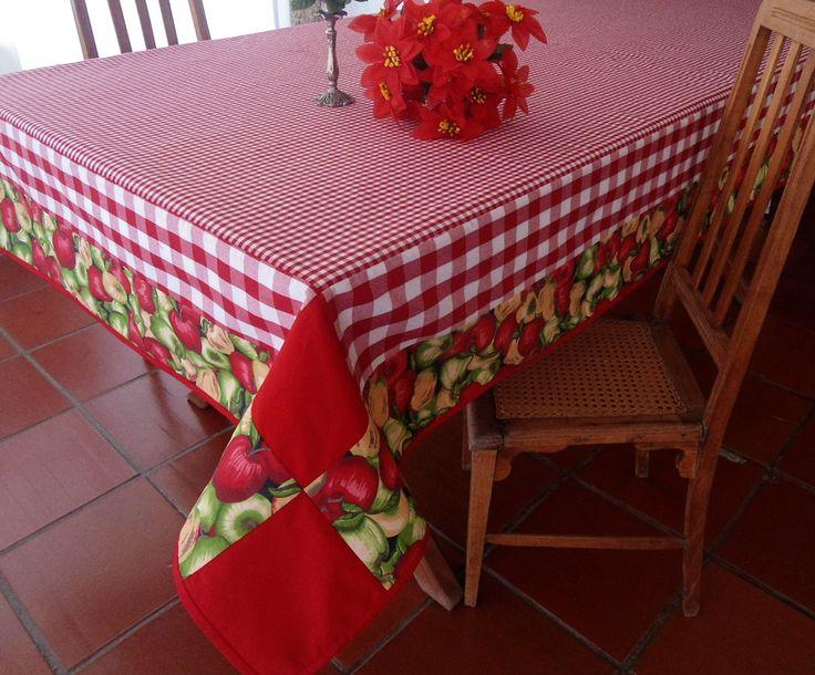 Você tem mesa de 110 x 200. A toalha ideal é essa  com  160 x 260 www.elo7.com.br/ateliepintaeborda