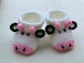 Baby Booties, Free shipping, Crochet Cute Cow Baby booties (Pink)