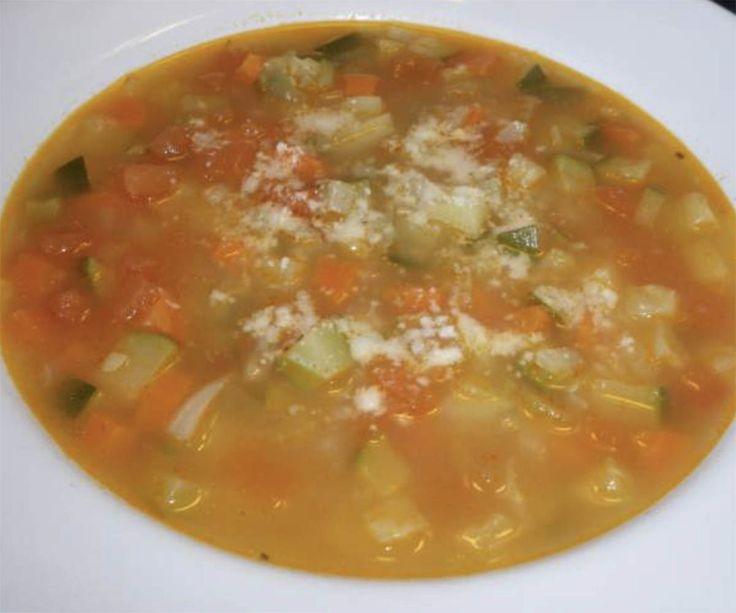Recette: Soupe aux légumes traditionnelle.