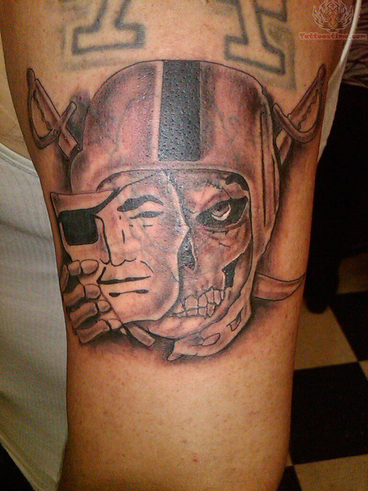 45 best raider tattoo 39 s images on pinterest raider for Oakland raiders tattoos designs