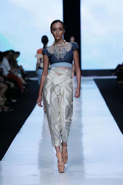Toton Januar - Jakarta Fashion Week 2014