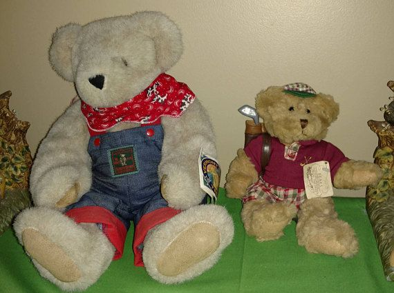 16 Jointed Vermont Teddy Bear Co. & 7 Russ Bears