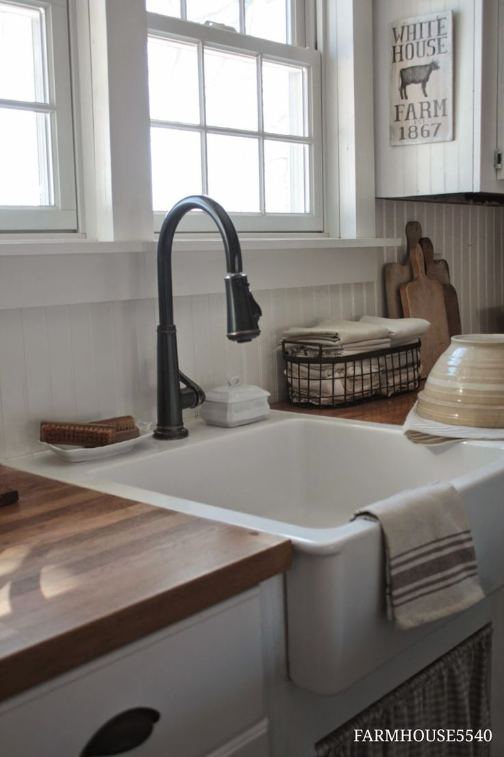Country Farmhouse Style - via  FARMHOUSE 5540: Farmhouse Friday ~ What Farmhouse Style Means to Me; Love this sink.