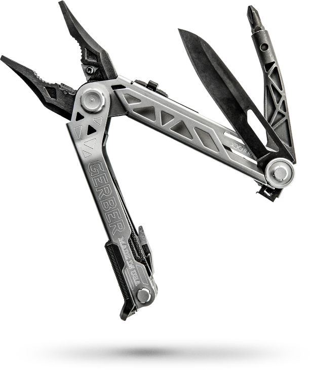 THE MULTI-TOOL JUST GOT A REALITY CHECK It's not an act. It's not a fashion statement. The Center-Drive™ is built for real challenges – and works like the real thing – built right here in the USA. Let those other guys pretend to have all the answers. You'll be truly prepared.