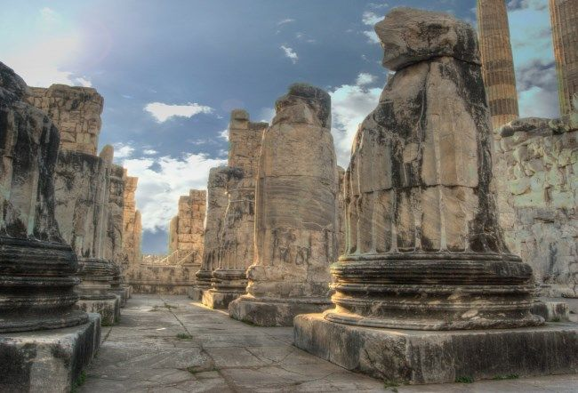 Temple of Apollo Didyma Altinkum Turkey