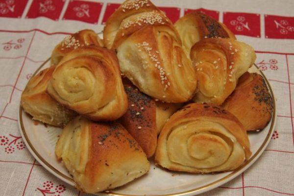 Slané juhoslovanské koláče - Recept pre každého kuchára, množstvo receptov pre pečenie a varenie. Recepty pre chutný život. Slovenské jedlá a medzinárodná kuchyňa