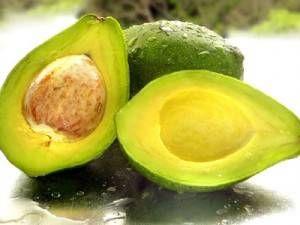 Avocado: un frutto ricco di benefici per salute e bellezza