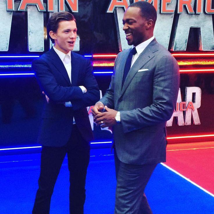 Solo #spiderman e #falcon che parlano degli affari loro davanti a me e @mirko_okrim #captainamericaIT #civilwar