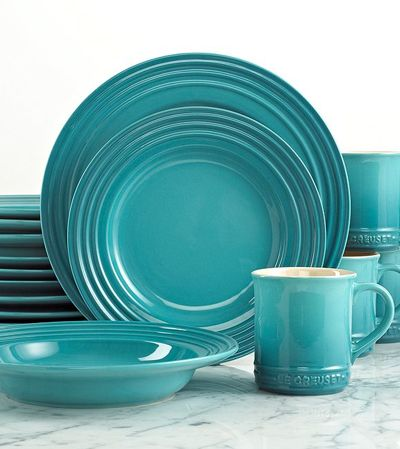 Le Creuset Caribbean 16 Piece Dinnerware Set. Perfect Dish set for when I have my little beach house. Love aqua color