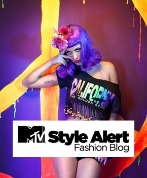 MTV STYLE // MTV Italia lancia il suo blog su fashion, trend life, celebrities e news dal mondo della moda: MTV Style. Dodicitrenta pensa e realizza il sito puntando sull'energia del suo marchio e sulla sua riconoscibilità: un punto di riferimento e vetrina per tutte le tendenze, un blog con un continuo flusso di notizie, ispirazioni e consigli.