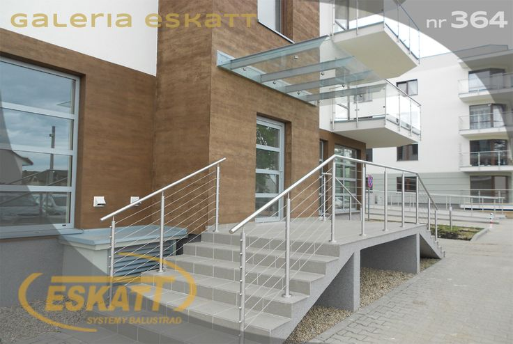 Safety glass roof and stainless steel balustrade with links #balustrade #eskatt #construction #stairs #roof