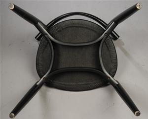 Køb og sælg moderne, klassiske og antikke møbler - Hans J. Wegner 1914-2007. Armstol model CH-20 'Elbow chair'. - DK, Herlev, Dynamovej